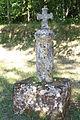 Croix à l'entrée du parc du chateau la faye à st sulpice de mareuil en dordogne.JPG