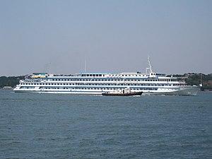 Cruise liner General Lavrinenkov in Sevastopol bay.jpg