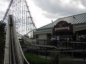 Thunderhawk (Dorney Park) - Thunderhawk's lift hill and station