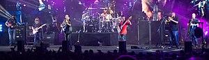 Dave Matthews Band - Image: Dave Matthews Band live in Austin, TX, May 2013