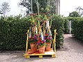 Dekoration Florales Objekt - panoramio - Arnold Schott (3).jpg