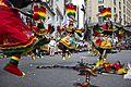 Desfile de la Comunidad Boliviana (15380125969).jpg
