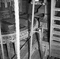 Detail binnenzijde, spoorwiel met dubbele rij kammen - Alphen aan den Rijn - 20007868 - RCE.jpg