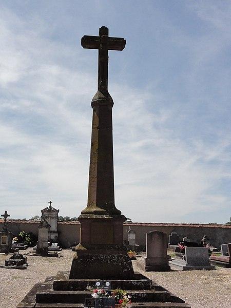 Domèvre-sur-Vezouze (M-et-M) croix de chemin