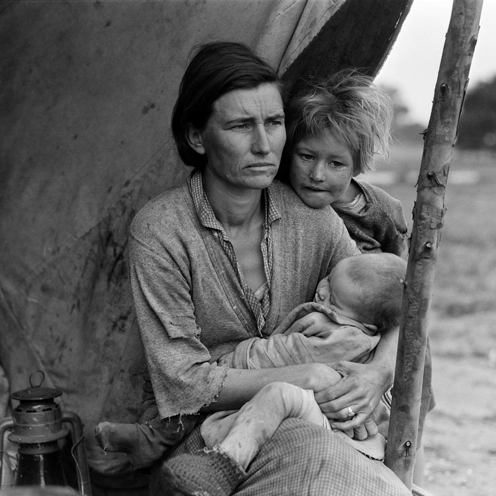 Dorothea Lange, Migrant mother (alternative), Nipomo, California, 1936