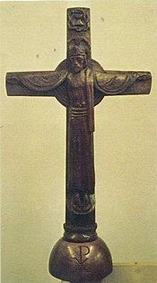 Durst Crucifix St Peters.2 0002-1-.jpg