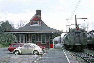 Erie Lackawanna Railway - Erie Lackawanna MU cars at Gladstone, N.J. Station on April 25, 1970