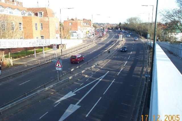 Edgware, A41 Edgware Way - geograph.org.uk - 92105