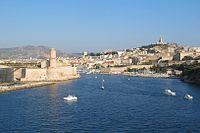 Entree Vieux-Port Marseille.jpg
