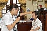 Eye screening for kindergarten children in Quoc Oai district of Hanoi (14310298864).jpg