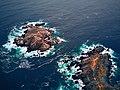 Faro Laguna Verde (39181198965).jpg