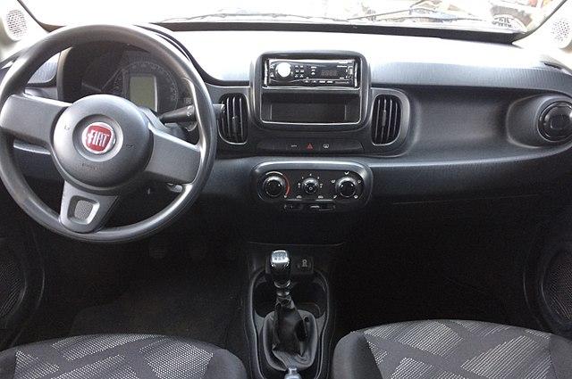 File:Fiat Mobi 1.0 Like interior.jpg - Wikipedia
