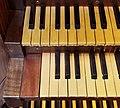 Firenze, Auditorium Fondazione CR - Organo a canne, particolare delle tastiere.jpg