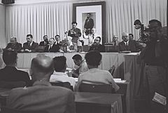 Flickr - Government Press Office (GPO) - THE FIRST STATE COUNCIL MEETING AT THE MUSEUM HALL IN TEL AVIV.jpg