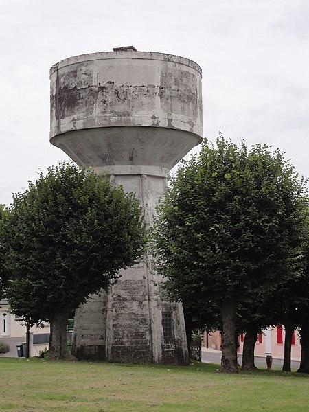 Fontaine-Uterte (Aisne) château-d'eau