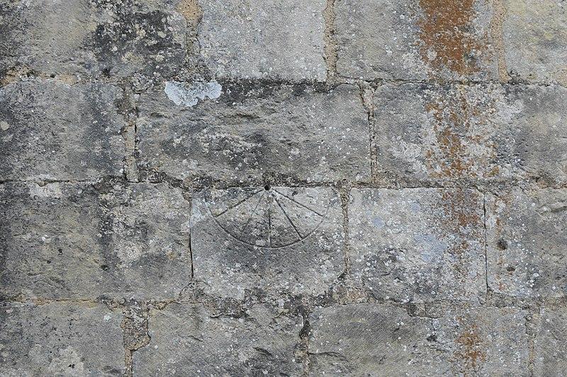 File:Fontaine-le-Comte Notre-Dame 606.jpg