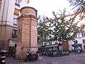 Fontaine des Haudriettes, Paris - Side View.jpg