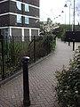Footpath between Springfield Walk and Springfield Lane - geograph.org.uk - 745238.jpg