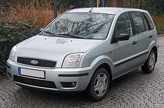 Ford Fusion (Europe) - Image: Ford Fusion (2002–2005) front MJ