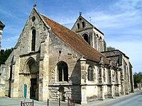 Fosses (95), église Saint-Étienne depuis l'ouest.jpg