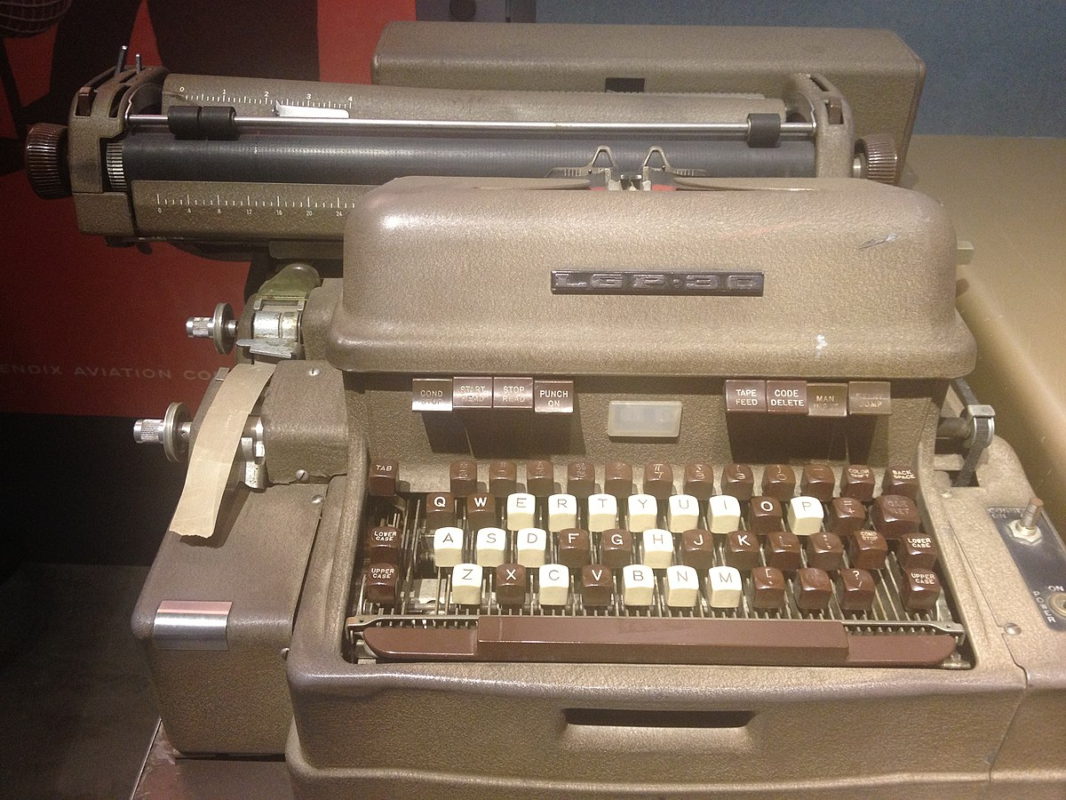 advantages of typewriter over word processor