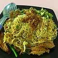 Fried Rice vermicelli noodle with Ginger and Sesame Wine Chicken by Banej.jpg