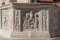 Friesach Hauptplatz Stadtbrunnen Amphitrite mit Tritonen 28102016 5266.jpg