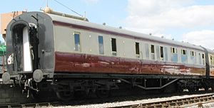 "Gangway connection - A GWR coach fitted with a British Standard gangway connection of the ""suspended"" type"