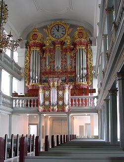 Garnisons Kirke Copenhagen organ.jpg