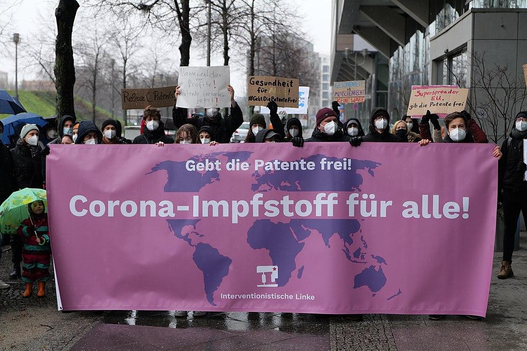 GebtDiePatenteFrei protest Berlin 2021-01-23 38.jpg