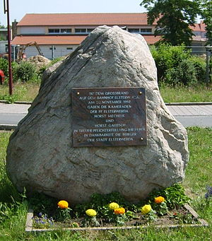 Elsterwerda railway station - Memorial stone at Elsterwerda station