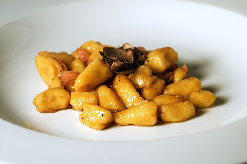 File:Gnocchi with truffle.jpg