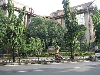 Old Airport Road, Bangalore - Image: Golden Enclave 8 8 2010 5 14 12