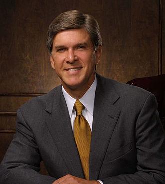 2008 United States Senate election in Oregon - Image: Gordon Smith official portrait