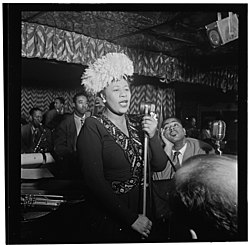 Gottlieb, William P. - The Library of Congress - Portrait of Ella Fitzgerald, Dizzy Gillespie, Ray Brown, Milt (Milton) Jackson, and Timmie Rosenkrantz, Downbeat, New York, N.Y., ca. Sept. 1947 (pd).jpg