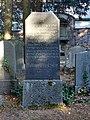 Grabstein des ehemaligen Rabbiners David Selver.jpg