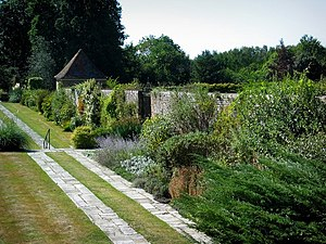 Frances Hodgson Burnett - Great Maytham Hall Garden, Kent, England, provided the inspiration for The Secret Garden.