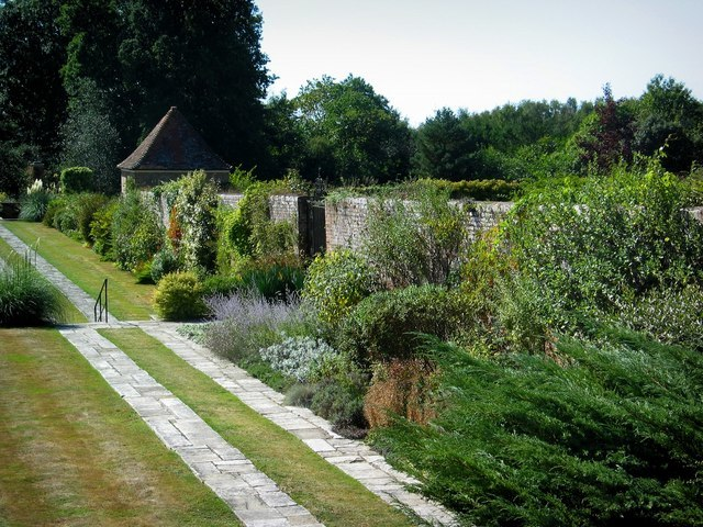 Great Maytham Hall Garden - geograph.org.uk - 228928