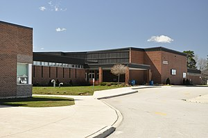 Grey Highlands Secondary School - Image: Grey Highlands Secondary School Flesherton Ontario 2010