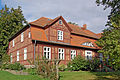 Gutshaus in Gingst (Rügen) (1) (12054334044).jpg