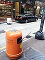 HK 上環 Sheung Wan 永樂街 Wing Lok Street 垃圾筒 orange rubbish bin 舊光管 used guaranteed tube 棄置 black plastic bag n shop May 2017 Lnv2.jpg