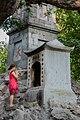 Hanoi Vietnam Shrine-at-Hoàn-Kiếm-Lake-01.jpg