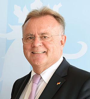 Hans Niessl - Hans Niessl
