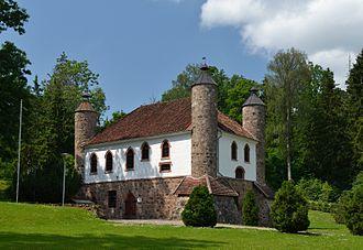Viljandi County - Image: Heimtali mõisa viinaköök 1