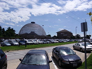 Henry Doorly Zoo and Aquarium - The desert dome, Imax building, and parking area at Henry Doorly Zoo and Aquarium
