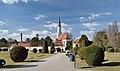 Hietzinger Pfarrkirche from Palmhouse Parterre, Schönbrunn.jpg