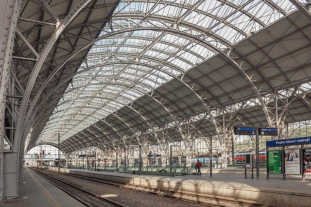 Historická hala Hlavního nádraží.jpg