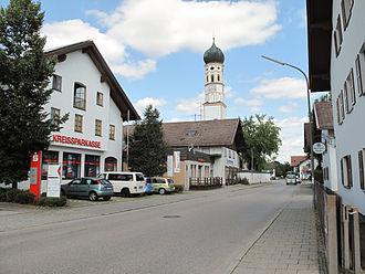 Hohenbrunn - Hohenbrun, churchtower in the street