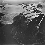 Holgate Glacier, terminus of tidewater glacier, and mountain glaciers, September 4, 1977 (GLACIERS 6563).jpg