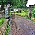 Hsipaw Shan palace entrance - panoramio.jpg